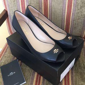 Coach woman's size 7M shoes